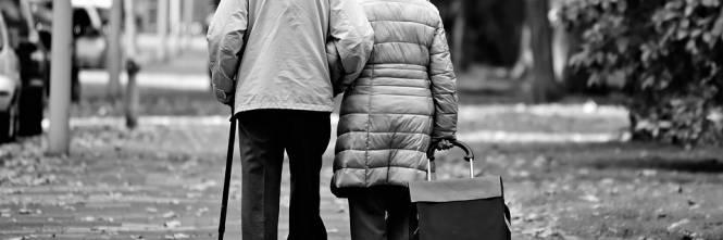 Pesaro, una badante ucraina sequestra due anziani dentro casa ...