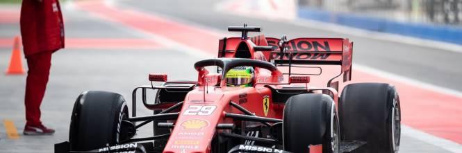 Mick Schumacher gira con la Ferrari SF90: gli scatti del figlio del grande Michael 1