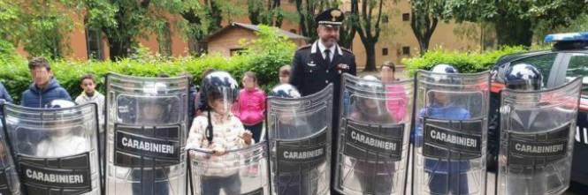 Se Fanno Scandalo Perfino I Bambini Che Giocano A Fare I Carabinieri