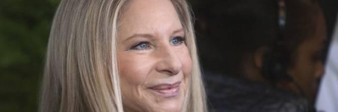 Barbra Streisand spende più di 100mila dollari per far clonare il suo amatissimo cane