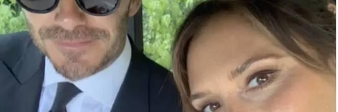 Anniversario Di Matrimonio In Francese.Per I Vent Anni Di Matrimonio Beckham Regala Alla Sua Regina