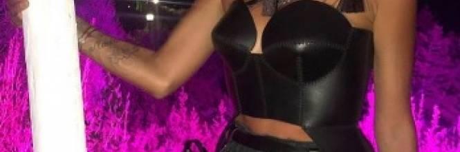 Melissa Satta versione festish, le foto social del suo look bollente  1