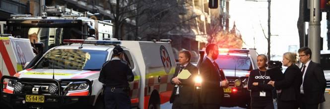 Attacco con coltello a Sydney: morta una donna 1