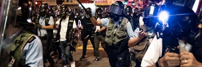 Hong Kong, nuovi scontri in piazza: sale la tensione 1