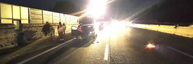 Milano, soccorsi sulla A8 per incidente stradale 1