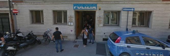 Rimini, niente permesso di soggiorno: guineano aggredisce ...