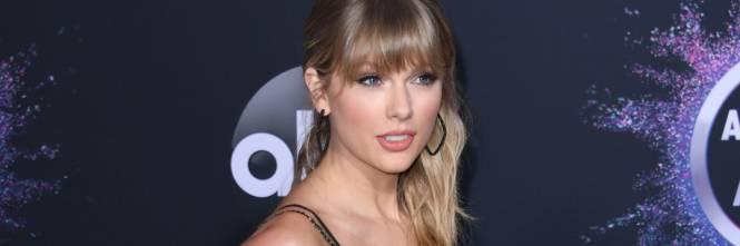 Taylor Swift e gli altri artisti agli Ama, foto 1
