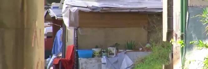 Napoli, il nuovo campo rom abusivo a Poggioreale 1