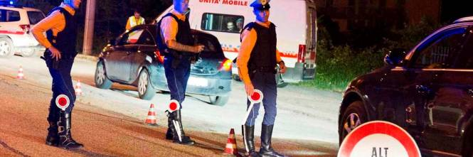 Colpito in auto con tre colpi di pistola: omicidio di camorra a Miano -  IlGiornale.it