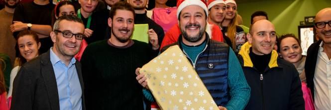 Matteo Salvini in visita all'ospedale dei bambini  1