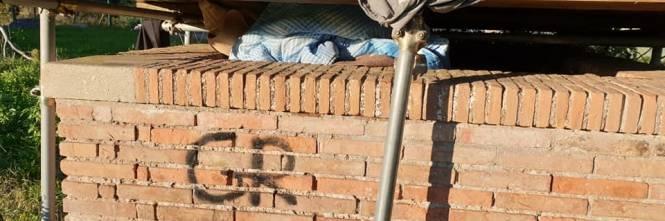 Colle Oppio, degrado e favelas nel parco archeologico 1