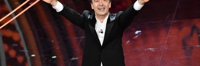 Roberto Benigni si prende la scena a Sanremo 1