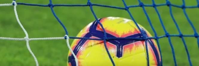 Mercato Europeo Calendario 2021 Il calcio si salva da solo con il calendario solare e bloccando il