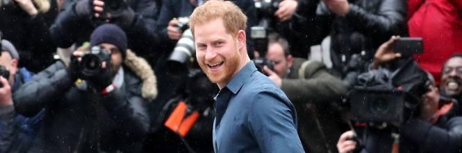 Il Principe Harry e la Regina Elisabetta II in foto 1