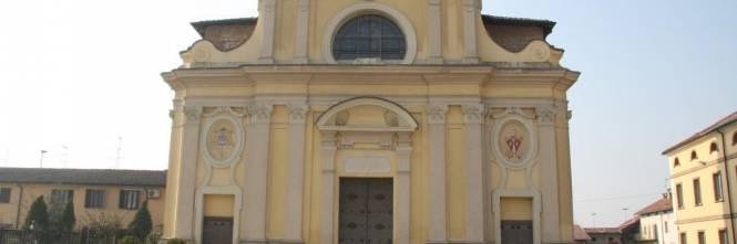 Letto A Castello Lombardia.Dice Messa Nonostante I Divieti Parroco Di 87 Anni Denunciato