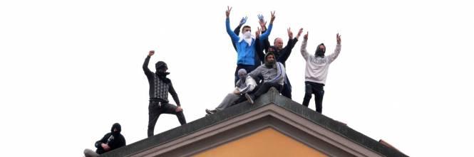 San Vittore, i detenuti in rivolta 1
