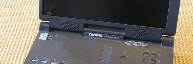 Un vecchio computer dell'esercito tedesco, pieno di dati militari, in vendita su eBay