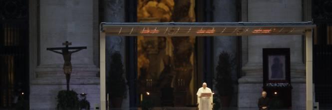 La preghiera universale del Papa per la fine della pandemia 1