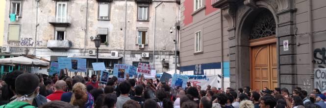 Arrestati tre attivisti, manifestano i centri sociali 1