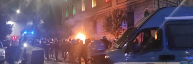 Cariche e scontri tra polizia e antagonisti a Roma 1