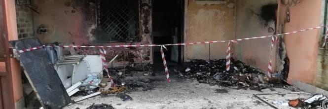 """Tragedia a Capodanno, una coppia perde la casa: """"È stato un petardo"""" 1"""