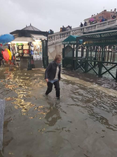 Maltempo in Veneto. Ponte della Priula: crolla il ponte 10