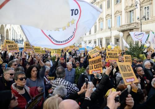 La piazza M5S contro i vitalizi 10