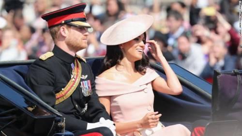 L'ira funesta di Meghan Markle contro la regina Elisabetta