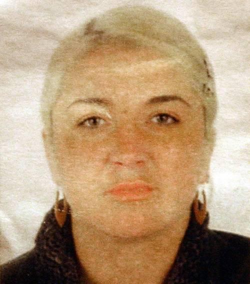 «Inviate documenti che provino  la santità di Wojtyla»