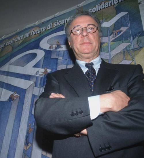 Castelli «indaga» i Pm di Milano «Mai viste parcelle così alte»