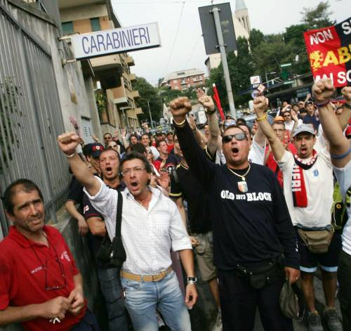 I tifosi in strada: «Preziosi, non mollare»