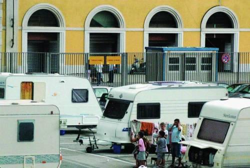 Marassi, campeggio libero per i Rom