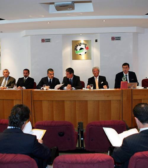 La prova tv difende il Genoa nel primo giorno della Caf