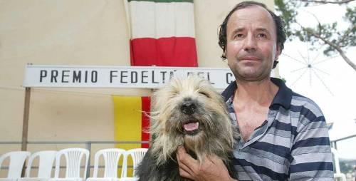 Eroi tra bombe e ladri: così i cani dimostrano una fedeltà da premio