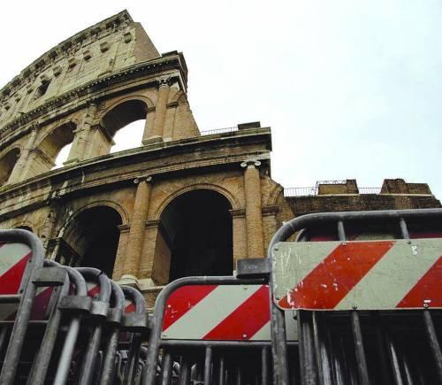 Novità al Colosseo: visitatori incanalati