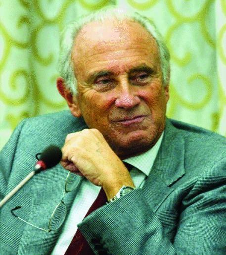Serra se ne va, rischio  commissario al Gaslini