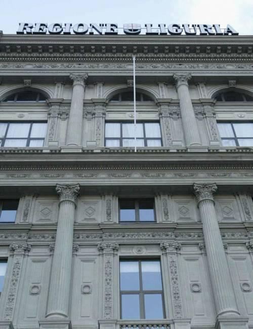 Morgillo (Fi) accusa: «La Regione spreca  e si rifà con le tasse»