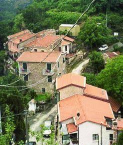 Il borgo fantasma diventa «hotel paese»