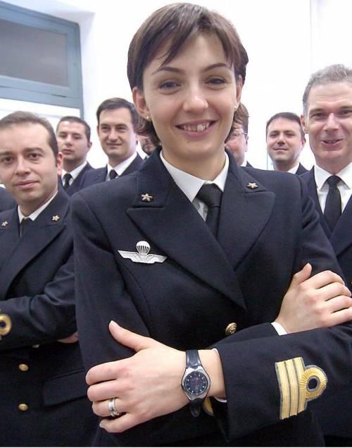 Salpa dalla capitaneria di Genova il primo ispettore in gonnella