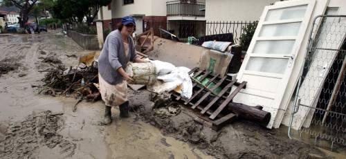 Una mattinata di diluvio manda ko mezza Liguria