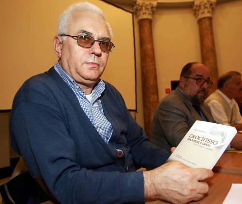 """Il prete anti-Salvini: """"Niente presepe in chiesa"""""""