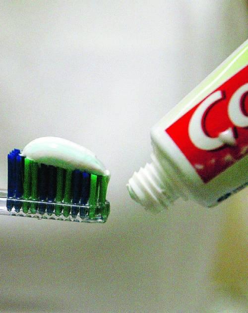 Dentifricio tossico Ora fa paura  il made in China