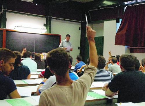 Università, il caos dei test sbagliati A Salerno confuso Pertini con Leone