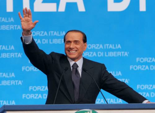Berlusconi convoca la Cdl in piazza: se sarà crisi, l'unica strada è il voto