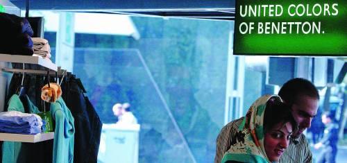 «Corrompono i nostri giovani» In Iran sotto accusa i Benetton