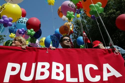 Finanziaria, Prodi incassa uno sciopero