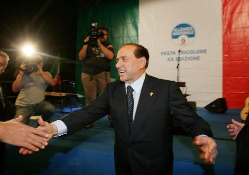 Berlusconi: a gennaio sarà crisi, non ce la fanno più