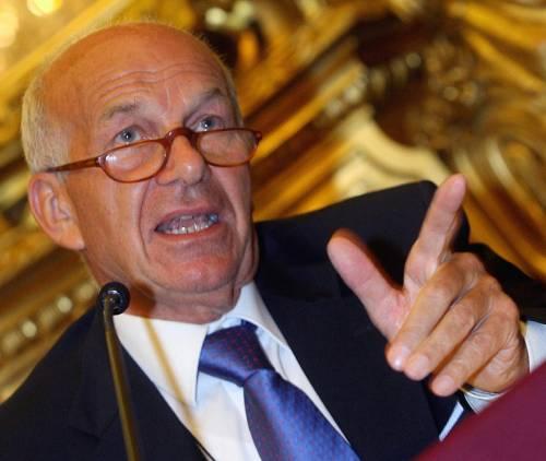 Costi politica, da Marini<br /> e Bertinotti stop al governo