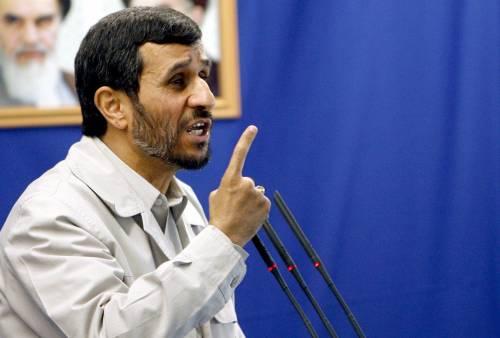 &quot;Morte al dittatore&quot;: in Iran<br /> contestato Ahmadinejad