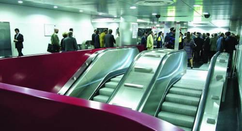 Bentornata Manzoni Ma per la metro A i disagi continuano